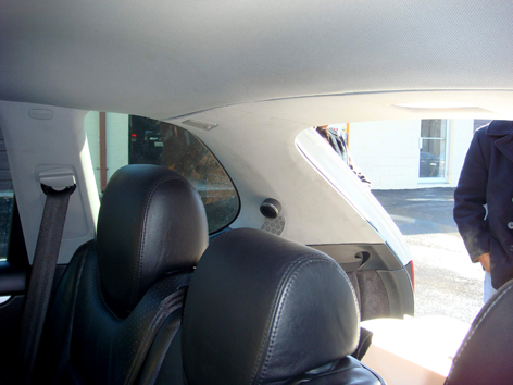 PHOTO SHOWING REAR MOUNTED TWEP51 HDSS® TWEETERS IN PORSCHE CAYENNE & TBI Sound - Products